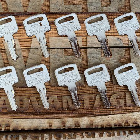 10 Keys - Genie, Snorkel, Kubota, Multi Equip, Terex, Vermeer, Upright #455, 21982