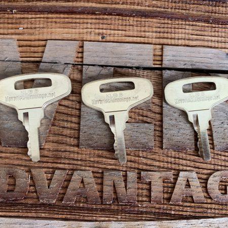 3 Keys - Kubota B, Kubota GL, Broce, LayMor, Tennant, Allmand, Gehl, Thomas, 66711-55240